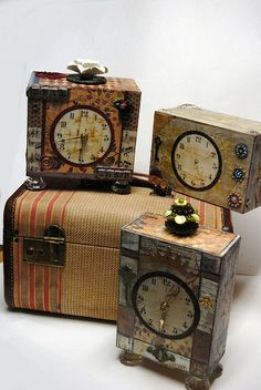 Altered Cigar box Clocks by treasuretrends, via Flickr