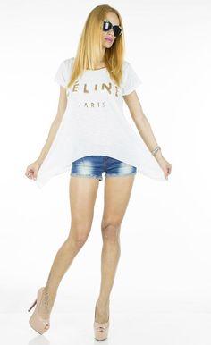Tricou Dama Cel Paris  -Tricou dama  -Model ce cade lejer pe corp si poate fi purtat cu usurinta  -Detaliu in spate nasturi aurii de efect     Latime talie:42cm  Lungime:50cm  Lungime colt:78cm  Compozitie:100%Bumbac Model, T Shirt, Tops, Fashion, Supreme T Shirt, Moda, Tee Shirt, Fashion Styles