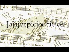 loelalilee - Met dit liedje kun je allerlei spelletjes doen. Verander de medeklinkers en maak er een koeienlied van: Boe ba bi bee ... Koe ka ki kee ... Drama, Periodic Table, School, Bee, Youtube, Wordpress, Website, Nostalgia, Periodic Table Chart