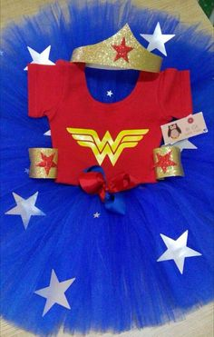DIY disfra Disfraz Wonder Woman, Wonder Woman Tutu, Wonder Woman Birthday, Wonder Woman Party, Birthday Woman, Diy Wonder Woman Costume, Diy Costumes, Halloween Costumes, Woman Costumes