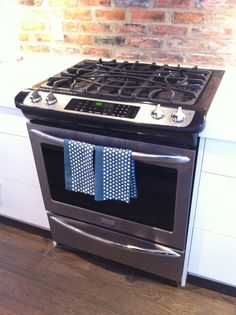 frigidaire gallery slidein range in stainless steel fggs3065pf - Frigidaire Gallery Stove