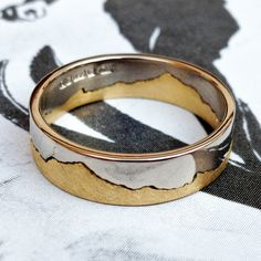 When's a coast ring not a coast ring? When it's a mountain ring. You're an ingenious lot out there and we've made quite a few mountain rings, using a favourite mountain range rather than a coastline. This beauty is an 18ct white and yellow gold ring featuring Patagonia. http://www.damsonjewellery.co.uk/coast-collection/womans-white-and-yellow-gold-coast-ring.html # coast rings #mountain rings #wedding rings
