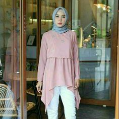 Kebaya Dress, Blouse Dress, Muslim Fashion, Hijab Fashion, Blouse Batik, Sewing Blouses, Fashion Network, Casual Hijab Outfit, Abaya Designs