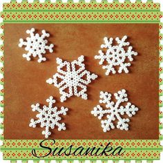 Snowflakes hama beads by susanarondon