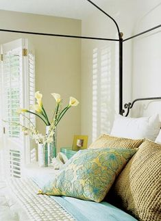 To update bedding seasonally, simply change accent pillows. Go green for spring, chocolate for fall. Also switch out flowers, shells or pinecones on the nightstand to reflect the season. Bedroom Green, Bedroom Colors, Bedroom Decor, Bedroom Ideas, Bedroom Retreat, Teen Bedroom, Master Bedroom, Beautiful Bedroom Designs, Beautiful Bedrooms
