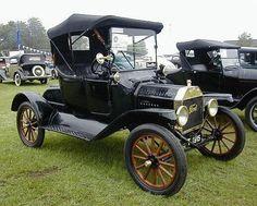 Un Ford Modelo T 1915.