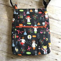 Custom order for a friend with this adorable science girl fabric. Its seriously one of my favorite fabrics and favorite bag patterns. Fabric is from Joann and pattern is @dogundermydesk 2 Zip Hipster. Yay for science girls!   #dogundermydesk #2ziphipster #handmade #customorder #etsyseller #girlsinstem #sciencegirls #sciencegirlsrock #stemgirls