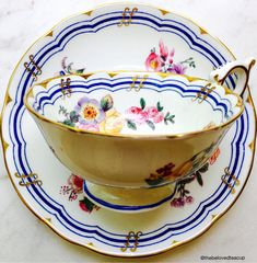 Delightful Coalport Leighton Sprays cup and saucer featuring delicate cobalt blue and gold band details and clusters of sweet pink roses throughout. Set is in excellent condition with no chips, cracks or crazing. ~~~~~~~~~~~~~~~~~~~~~~~~~~~~~~~~~~~~~~~~~~~~~~~~~ ~Complimentary