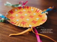 Pandeiro com prato de papel, guizo e fitas   Homemade tambourine with jingle bells