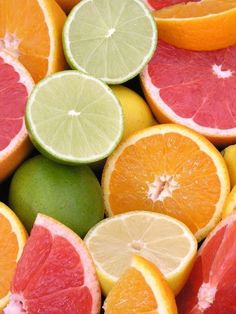 Citrus (lemon yellow, lime green, tangerine orange, and pink grapefruit) inspired color palette with a neutral base. Fruit And Veg, Fruits And Vegetables, Fresh Fruit, Citrus Fruits, Fresh Mint, Citrus Trees, Tropical Fruits, Color Combos, Color Schemes
