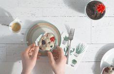 Muffins aux petits fruits Kombucha, Mediterranean Chickpea Salad, Cappuccinos, Kefir, Buffets, Biscuits, Brunch, Appetizers, Chicken
