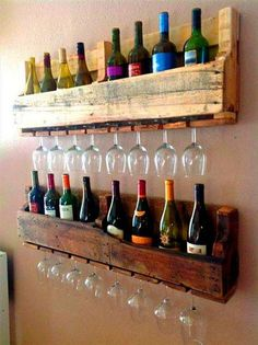 Homemade wine rack pallet recycled pallets ideas wine bottle and wine glass holding wall rack made from wood pallets diy wine rack pallet plans how to make Wooden Pallet Projects, Wooden Pallet Furniture, Bar Furniture, Pallet Ideas, Diy Projects, Pallet Designs, Furniture Stores, Cheap Furniture, Project Ideas