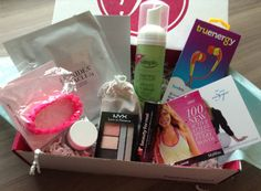FabFitFun VIP Box Review – Winter 2013.  a variety of items from fitness to beauty items in these monthly boxes.  Great for self or as a gift.