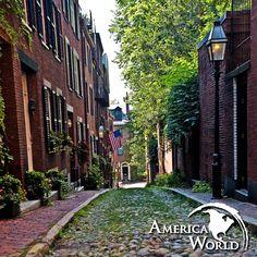 """Il cuore storico della """"Good Old #Boston"""" batte sulle strade di ciottolato di Beacon Hill #viaggi #USA #EastCoast"""