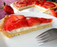 Jahodový koláč Sweet Recipes, Cupcake Cakes, Cheesecake, Deserts, Food And Drink, Cooking Recipes, Sweets, Baking, Eat