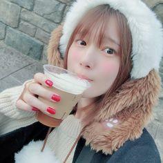 Blackpink Lisa, Voice Actor, Japanese Girl, Korean Girl, The Voice, Winter Hats, Beautiful Women, Actresses, Poses