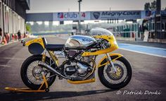 Superb motorbike Norton Manx Photo By Patrick Douki   From Classic Racer France