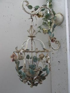 INCREDIBLE Old Vintage ITALIAN TOLE CHANDELIER SCONCE with HANGING HOOK ROSES