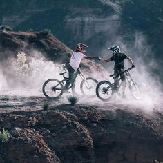 Sometimes people taking part in specific disciplines of cycling will purchase a specialized mtb, developed for the discipline. While cross-country, freerider and enduro are the most common discipli… Downhill Bike, Mtb Bike, Radical Sports, Montain Bike, Bike Photography, Road Bike Women, Bike Seat, Road Cycling, Bike Life