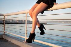 grafika shoes, heels, and black Fashion Heels, Cute Fashion, Fashion Beauty, Fall Fashion, High Heels, Shoes Heels, Stilettos, Black Heels, Pumped Up Kicks