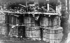 German Revolution 1918/1919: Barricades of the government troops made from newspaper bales are pictured in the newspaper district of Berlin, Germany, in early January 1919. Photo: Berliner Verlag/Archiv