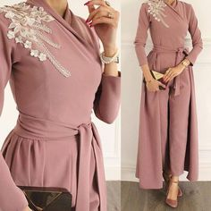jumpsuits for women 2020 lace appliqué beaded dusty pink elegant pants for weddings Dubai caftan Source by wedding women dress Hijab Evening Dress, Hijab Dress Party, Hijab Wedding Dresses, Pink Prom Dresses, Lace Evening Dresses, Evening Gowns, Evening Party, Formal Dresses, Muslim Fashion
