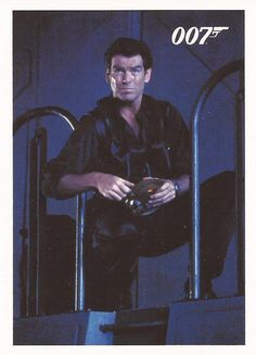James Bond Archives 2014 - Tomorrow Never Dies Chase Card #072