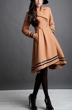 I adore the shape of the hem on this coat! Camel / Beige / Navy Blue wool women coat women by happyfamilyjudy Moda Outfits, Cute Outfits, Vestido Lady Like, Look Blazer, Look Fashion, Womens Fashion, Fashion News, Cute Coats, Women's Coats