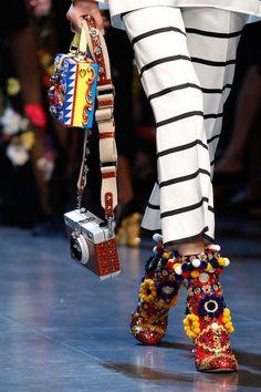 dolce-gabbana-spring-2016-runway-embellished-shoes-heels-h724