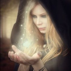 How to Create a Magic-Yielding Sorceress Photo Manipulation