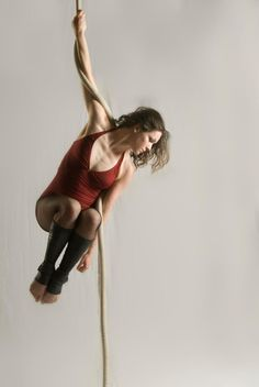 Kendra Greaves - Aerialists | Aerial Ropes | Kendra Greaves | Philadelphia, PA  Circus Artist  Kendra Greaves is an internationally acclaimed aerialist and circus artist. Her specialties are corde lisse (vertical rope), tissu, and doubles trapeze.