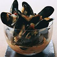 Mussels in Lager by SELF