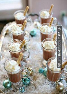 Amazing - Wedding Food & Dessert Ideas! | Chocolate Ice Cream for a January wedding, winter wedding ball, or a Christmas wedding  | #weddingfoodideas