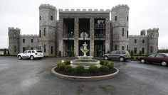 VERSAILLES — People who have never been inside the CastlePost, the turreted luxury inn on U. will soon get a chance. Beauty Around The World, Around The Worlds, Luxury Inn, Georgian Terrace, Youngstown Ohio, My Old Kentucky Home, Beautiful Castles, Estate Homes, Versailles