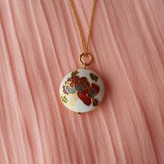 Vintage Cloisonne Pendant Necklace Choker by VintStyleFashion Vintage Necklaces, Etsy Vintage, Chokers, Plate, Japan, Pendant Necklace, Unique Jewelry, Handmade Gifts, Gold