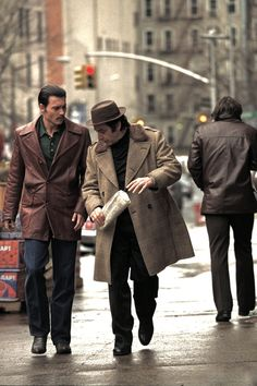 Johnny Depp and Al Pacino in Donnie Brasco directed by Mike Newell, 1997 Al Pacino, The Best Films, Great Films, Good Movies, Love Movie, Movie Tv, John Depp, Gangster Movies, Mafia Gangster