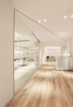 37 trendy Ideas for medical design interior hong kong Clinic Interior Design, Clinic Design, Office Interior Design, Office Designs, Kitchen Interior, Room Interior, Interior Ideas, Design Corporativo, Flur Design