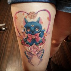I designed a sailor moon themed tattoo for the super lovely and talented sayamis last year and she just got it tattooed recently by María Lucero Sáenz who did such an amazing job!! It's my first time...