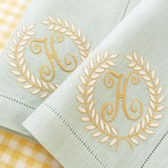 Machine Embroidery Projects Love how simple and elegant these monograms are. Embroidery Shop, Machine Embroidery Projects, Embroidery Monogram, Vintage Embroidery, Embroidery Ideas, Monogrammed Napkins, Personalized Napkins, Linen Napkins, Monogram Design