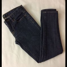 🔴SOLD🔴J.Crew stretch toothpick blue jeans. Blue jeans size 25 stretch. J. Crew Jeans