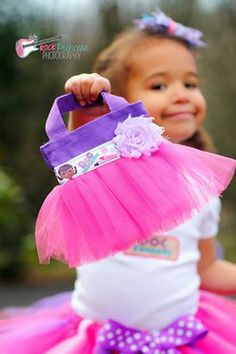 Our Doc McStuffins tutu collections comes with a tutu, embroidered shirt, hair bow, and mini 5x6 inch tutu tote. Leg warmers not included. Great for any Doc McStuffins fan to wear around the house or great for a birthday outfit if you are have a Doc Themed party. Our mini tutu totes also makes great party favor bags.   www.facebook.com/gigglesandwigglestutus