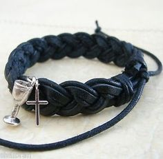 Boys-First-1st-Holy-Communion-or-Confirmation-Gift-Leather-Cross-Charm-Bracelet