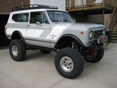 This would be a cool scaler-build. If you couldn't tell, I'm partial to the IH Scout. :)