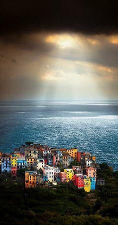 Cinque Terre, Italy / by Sergio Del Rosso