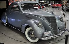 1937 Lincoln Zephyr Business Coupe.
