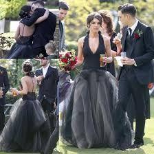 Halloween themed wedding, Gothic wedding Decor Wedding, Diy Wedding, Wedding Colors, Wedding Gowns, Wedding Flowers, Wedding Decorations, Lace Wedding, Puffy Skirt, Gothic Wedding