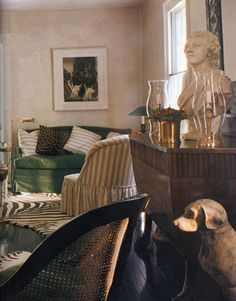 The distinctive stripe upholstering the slipper chairs is an old Hadley favorite. Zebra-patterned hooked rugs are his design. Green Velvet Sofa, Green Sofa, French Interior, Classic Interior, Beautiful Interiors, Beautiful Homes, House Beautiful, Albert Hadley, Interior Inspiration