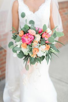 30 Colorful Wedding Bouquets That Are Super Cheerful - bright wedding bouquet with pink and peach flowers {Krystal Balzer Photography} wedding colors 30 Colorful Wedding Bouquets That Are Super Cheerful Orange And Pink Wedding, Bright Wedding Colors, Orange Wedding Flowers, Spring Wedding Colors, Prom Flowers, Peach Flowers, Orange Pink, Bright Flowers, Spring Wedding Bouquets