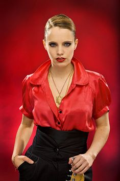 Anna Calvi - Her voice is simply amazing. A classically trained musician, her music feels so powerful. My voice icon and if I was a musician, I would be inspired by her.