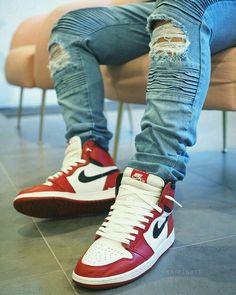 Price of the best Nike Off-White Air Jordan 1 Red / OW knock off sneakers Jordan 1 Red, Jordan 1 Retro High, Jordan Nike, Jordan Outfits, Nike Outfits, School Outfits, Summer Outfits, Zapatillas Jordan Retro, Nike Shoes